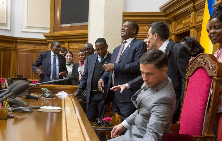 13 травня 2019 брифінг Голови Верховної Ради України Андрія Парубія з Головою Національної Асамблеї Парламенту Республіки Кенія Джастіном Мутурі, відвідання сесійної зали ВР.