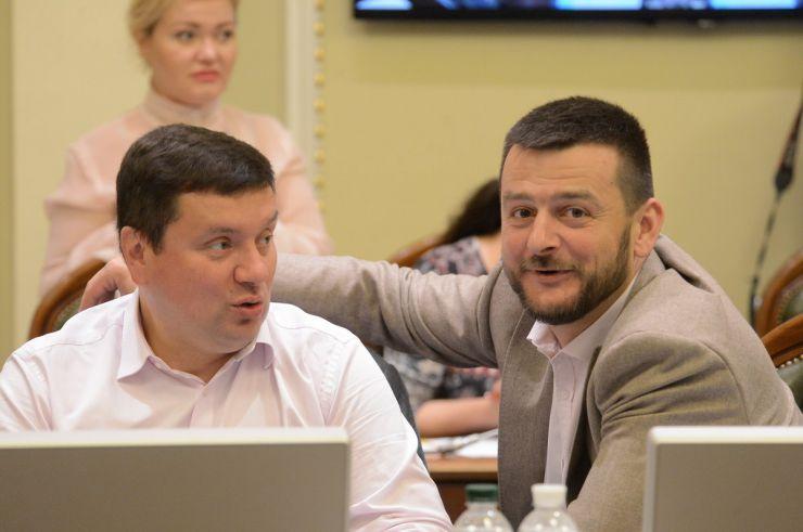 3 червня 2019 засідання Погоджувальної ради у Верховній Раді України. Олександр Данченко (сам), Олександр Опанасенко (сам).