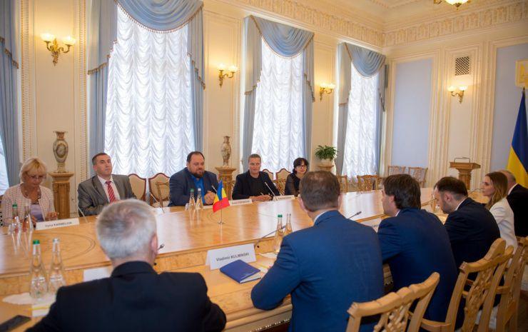 9 вересня 2019 перший заступник Голови Верховної Ради України Руслан Стефанчук провів зустріч з делегацією Республіки Молдова на чолі з Міністром закордонних справ і європейської інтеграції Ніколає Попеску.