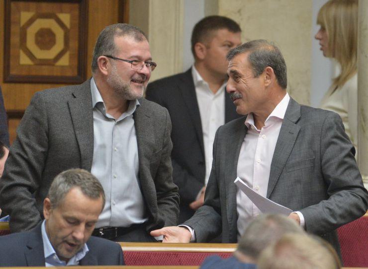 19 вересня 2019 пленарне засідання Верховної Ради України. Віктор Балога, Антон Кіссе ЗА.