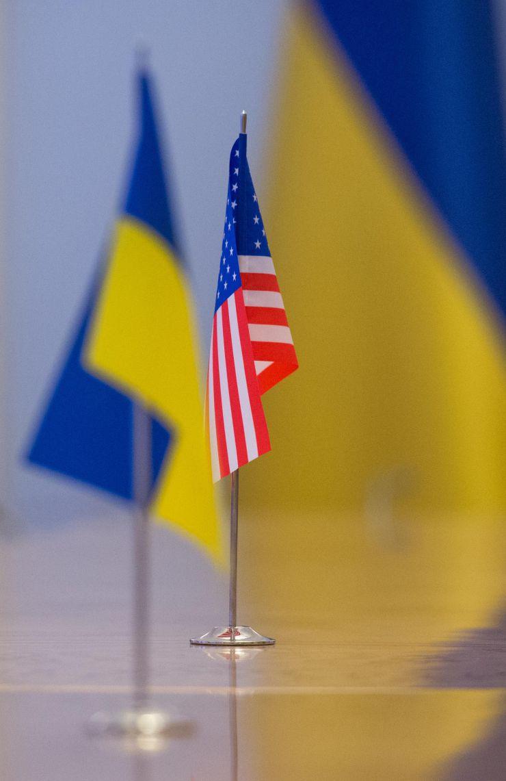 Голова Верховної Ради України Дмитро Разумков зустрівся з Тимчасовою повіреною у справах США в Україні Крістіной Квін