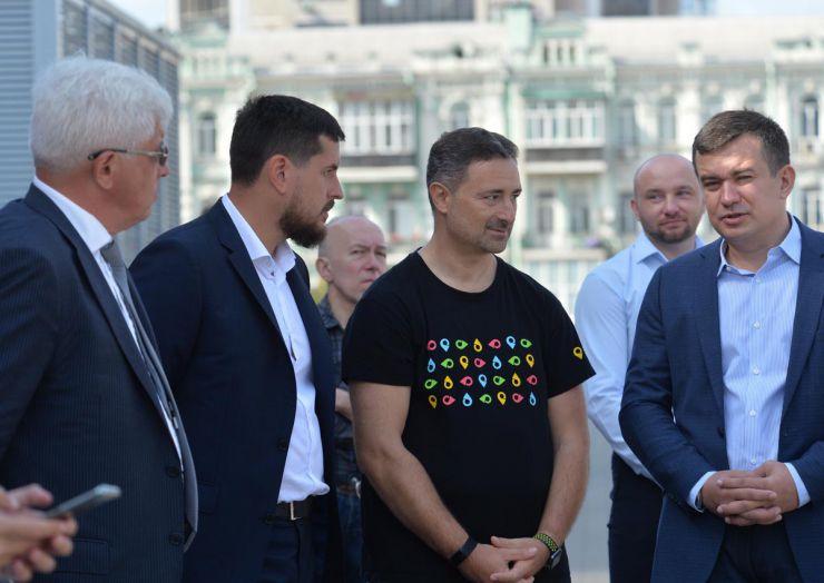 Национальная презентация передвижных отделений Укрпочты нового формата в Киеве