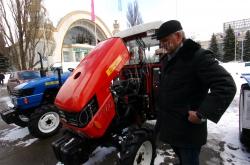 """У столичному """"Експоцентрі"""" відбулося офіційне відкриття Національної спеціалізованої виставки-ярмарку «Україна аграрна-2010»."""