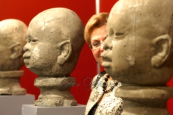 В Українському домі відкрито художню виставку «Великий скульптурний салон 2009».