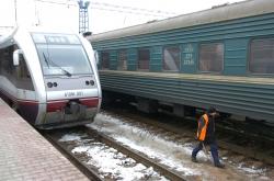 Київ, огляд підготовки інфраструктури Північного залізничного кола до запуску міської електрички.