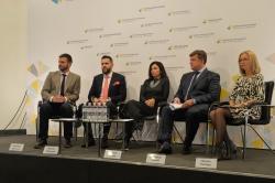 Брифінг в Українському кризисному медіацентрі «Народні депутати за ініціативи експертів наведуть лад у зовнішній рекламі»