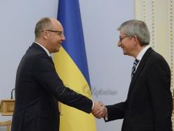 Голова Верховної Ради України Андрій Парубій під час зустрічі з Президентом Світового Конгресу Українців Євгеном Чолієм.