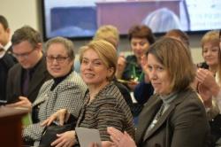 Посол Сполучених Штатів Америки Марі Йованович та Посол Великої Британії Джудіт Гоф разом з Міністром освіти і науки України Лілією Гриневич представили програму.