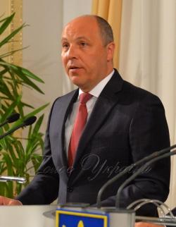 Брифінг Голови Верховної Ради України Андрія Парубія і Прем'єр-міністра Володимира Гройсмана