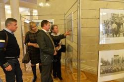 У ВР України відкрилась фотовиставка, присвячена 100-річчю Укрінформу