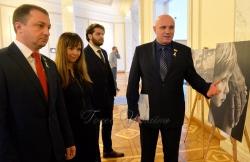За ініціативи Благодійного Фонду «Інститут Громадської Дипломатії» у Верховній Раді України розгорнуто мистецький проект «Україна: Подолання»