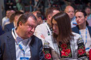 Петро Порошенко, Голова Верховної Ради України Андрій Парубій з командою під час з'їзду партії