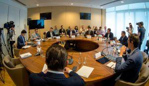Круглий стіл на тему: «Нова політика на Донбасі»