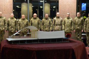 Голова Верховної Ради України Дмитро Разумков побував у меморіальному комплексі «Зала памяті» на території МО України.
