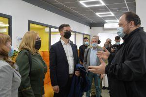 Первый заместитель Председателя Верховной Рады Украины Руслан Стефанчук совершил рабочую поездку в Донецкую область.