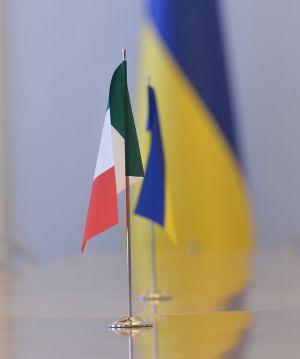 Встреча Председателя Верховной Рады Украины Дмитрия Разумкова с Чрезвычайным и Полномочным Послом Итальянской Республики в Украине Пьером Дзадзо