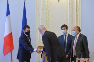 Председатель Верховной Рады Украины Дмитрий Разумков встретился с делегацией Национального Собрания Французской Республики.